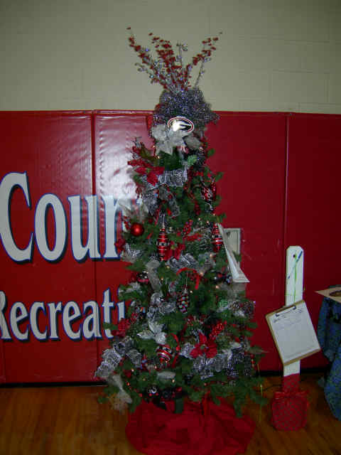 """The Bulldog Tree"" donated by Kristin Joyner, RE/MAX Greater Atlanta"
